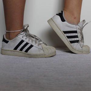 Adidas Superstars Size 5 Women's